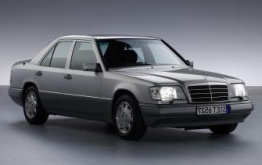 Mercedes E Class W124 Saloon with original Mercedes Wheels