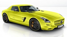 Mercedes SLS AMG Electric Drive C197 Coupé with original Mercedes Wheels