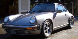 Porsche 911 1987-1989 with original Porsche Wheels