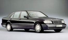 Mercedes S Class V140 Saloon LWB with original Mercedes Wheels