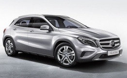 Mercedes GLA Class X156 Off-Roader with original Mercedes Wheels