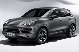 Porsche Cayenne E2 Gen 2 958 (92A) with original Porsche Wheels