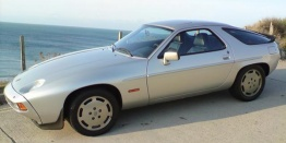Porsche 928/928S with original Porsche Wheels